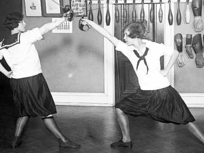 Women Saberists, Western High School Fencing Club, 1925. Library of Congress.
